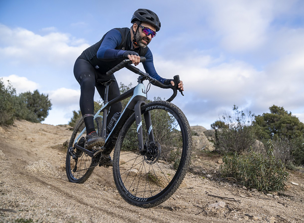 Ultralight eGravel bike with removable powerpacks from Crow Bicycle